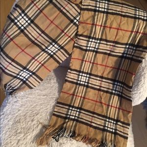 Black, red and tan plaid print scarf